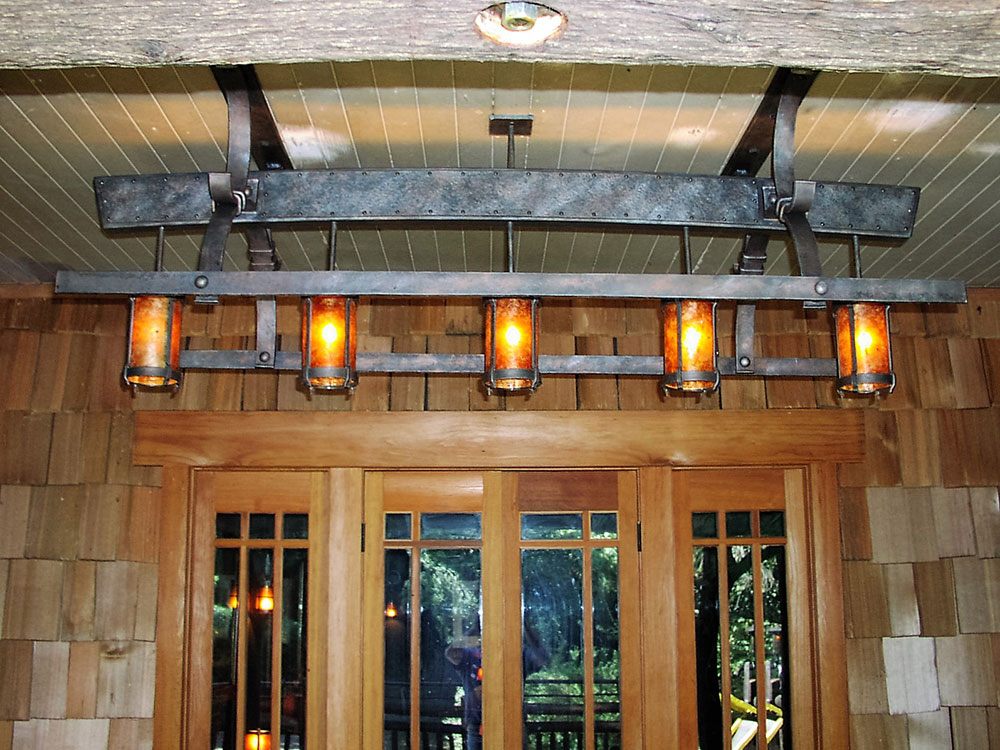 Manka's Inverness Lodge: Light Fixtures