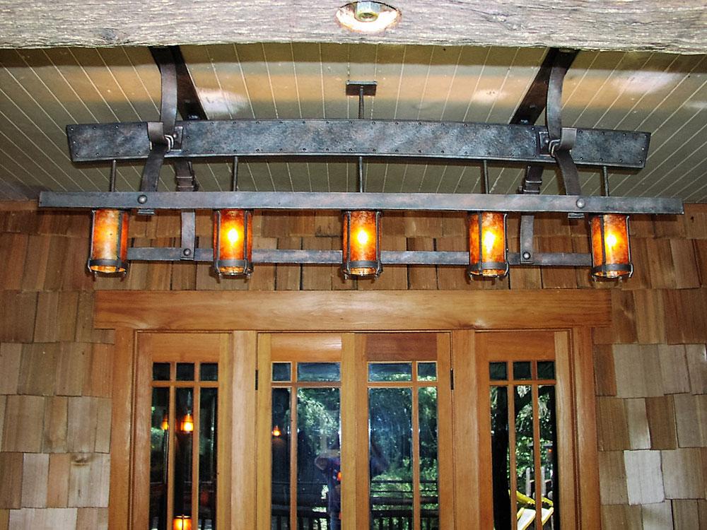 Manka's Inverness Lodge: Light Fixtures