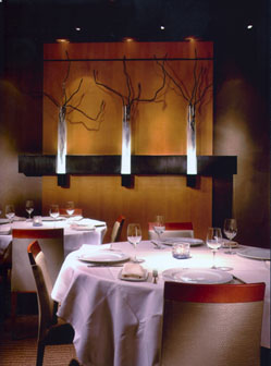 Qi Restaurant And Water Bar: Art Pieces