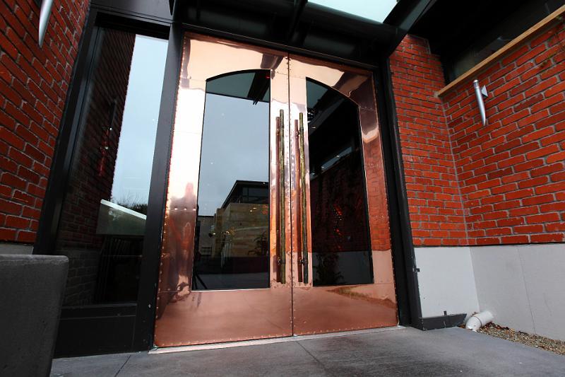 Waterbar: Doors & Pulls